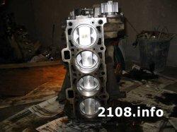 Общий вид двигателя с коробкой ваз 21083
